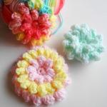 Háčkovaný popcorn květ